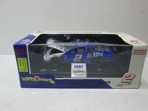 NIB    RUSTY WALLACE MILLER LITE TEXAS  #2 NASCAR 1/24 DIE CAST CAR 1997 1/2500