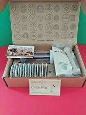NIB Pampered Chef Cookie Press W16 Variety of disks