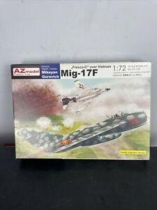 "AZ MODELS MiG-17F ""Fresco-C"" over Vietnam 1:72"