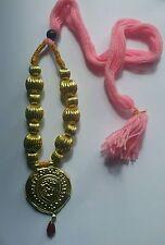 Punjabi Folk Kulturell Bhangra Gidha Kaintha Anhänger rosa faden halskette N3