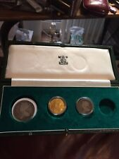 1714 Queen Anne Gold Guinea & 1707 Silver Half Crown And Shilling, Boxed.