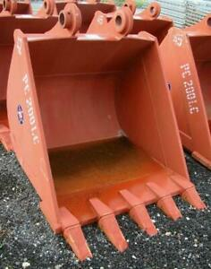 "42"" Excavator Bucket, 80mm Pins, Komatsu PC200 & PC210, Kobelco SK200, HE225"