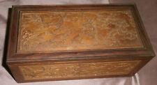 Chine / Asie : Coffret / boîte à bijoux bois sculpté  Dragon Carpes Oiseaux etc.