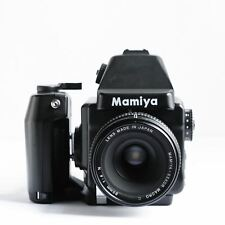 Mamiya 645E medium format film camera + Mamiya sekor-Macro C 80 mm F 1:4 N