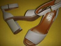 Franco Sarto Caia Leather Block Heel Ankle Strap Sandals Women's 6 M Grey ~
