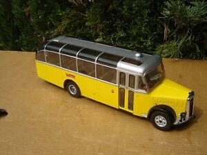 HACHETTE / IXO: CAR / BUS SAURER L4C POSTES SUISSES   Echelle 1/43