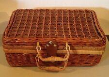 WICKER BASKET Picnic Storage Case 2 Handles & Leather/ Brass Latch 14x9x5 NEW