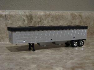 Ertl 1/64 Silver Black Hopper Bottom Grain Trailer Farm Toy