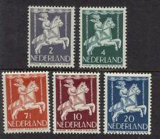 NVPH 469-473 Kind 1946 postfris (MNH)