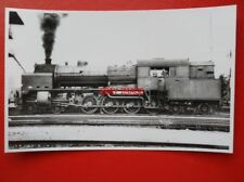 PHOTO  NETHERLANDS NS  4-8-4T LOCO 6304  ON SHED AT MAASTRICHT 14/7/41