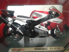 YAMAHA YZF-R7 MAISTO 1/18, SUPERMINT IN BOX