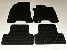 Nissan X-Trail 2007-2014 Fully Tailored RUBBER Car Mats in Black.