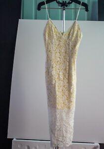 Bardot Lace Dress Womans Size 8