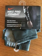 Nike Pro Combat Amplified Shiver 3.0, Gray Camo