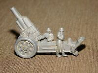 VINTAGE WWII GERMAN WHW PLASTIC SOLDIERS WITH CANNON