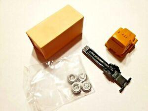 Magnuson Models (Walthers) #439-951 HO Scale L-Series Van Resin & Metal Castings