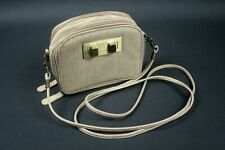 David Jones kleine Handtasche beige Kunstleder Krokoprägung 15,5 x 12,5 x 5 cm