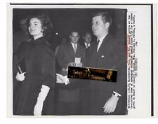 Vintage 1961 UPI Press Photo PRESIDENT KENNEDY & JACKIE Alsop house columnist US