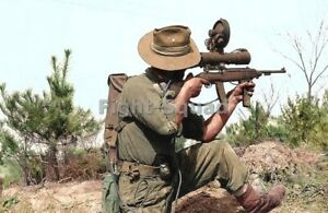 Picture Photo Korean War Canadian Sniper with Sniperscope point 30 Carbine 4255