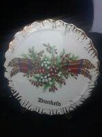 Liverpool Rd. Pottery Ltd. Dunkeld Plaid With Berries Wall Pocket