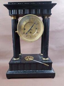Wiener Biedermeier Portikus Uhr, Kommodenuhr, C. J. Bauer, Wien um ca. 1830