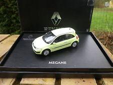 NOREV RENAULT MEGANE coupé jaune phosphorescent, Neuve en boite coffret.