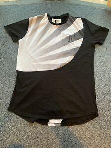 "11 Degrees Men's T Shirt XL Black / White 44"""