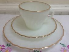 VINTAGE ANCHOR HOCKING TEA CUP SAUCER PLATE TRIO WHITE & GOLD - GOLDEN SHELL