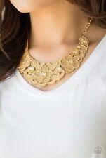 Paparazzi jewelry necklace set