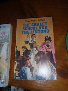 Elinor M Brent-Dyer. Chalet School and the Lintons PB
