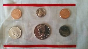 The United States Mint 1996 P&D Uncirculated Coin Set