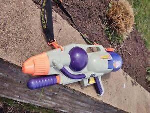LARAMI SUPER SOAKER CPS 1000  Vintage Water Gun Works but leaks O.G. Strap