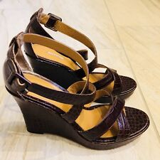 BCBG Max Studio Germain Peep-Toe Wedges Size 9.5 Brown Leather Open Toe Sandals