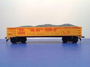 Life-Like HO Scale Union Pacific 29500 Freight Train Gondola With Coal Load 1/2