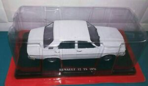 Renault 12  1976  1:24  New & Box Diecast model Car collectible
