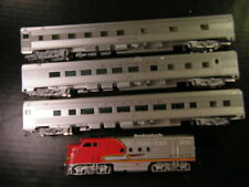 Bachmann Santa Fe FT & 3 passenger car HO