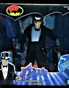 "THE PENGUIN GOTHAM CITY VILLAINS Batman DC Comics Hasbro 2002 Vintage 9"" Doll"