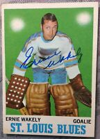 *SIGNED* *ERNIE WAKELY* 1970-71 OPC #97 *ROOKIE CARD* ~ ST. LOUIS BLUES GOALIE