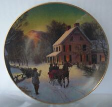 Avon Home for the Holidays Christmas Winter Collectible Plate
