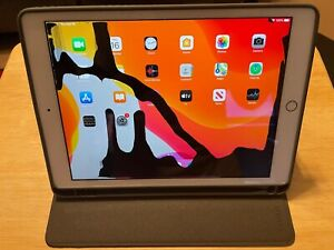 Apple iPad 7th Gen. 32GB, Wi-Fi, 10.2 in - Gold - Does Work For Parts or Repair