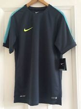 Mens Nike Authentic Football Shirt Dri Fit Size Medium
