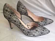 Ladies Size 8 lace overlay  Heels In Black with 4 inch heel