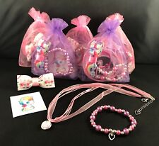 Beautiful unicorn themed party gift/loot bag filler!!!Perfect for any party!!!