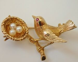 Stunning Vintage 9ct Gold Ruby & Pearl Bird with it's Nest & Eggs Brooch c1963