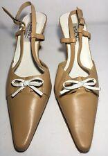 Isaac Mizrahi Tan Leather Medium Heels White Bow 7M Pointed Toe Slingback