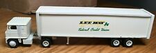 Winross White 7000 Lee Way - Federal Credit Union Tractor/Trailer 1/64