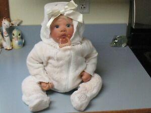 LEE MIDDLETON 1996 Baby Girl Doll, Blond Hair, Blue Eyes Pacifier, #081595, Reva