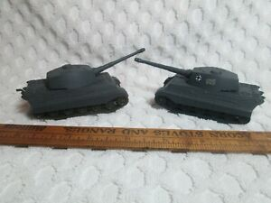 """2 Model German Tanks? 4.7"""" Long Overall 1/72 Scale #4 nr"""