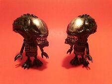 2 Hot Toys AvP Requiem Alien Xenomorph Cosbaby Figures AVPR Aliens Vs Predator