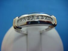 14K TWO TONE UNISEX DIAMOND BAND 0.25 CT T.W. 4.6 GRAMS RING SIZE 10